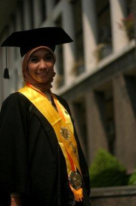 Wisuda program sarjana, Agustus 2010. Next? Wisuda program master 2014. Amin...