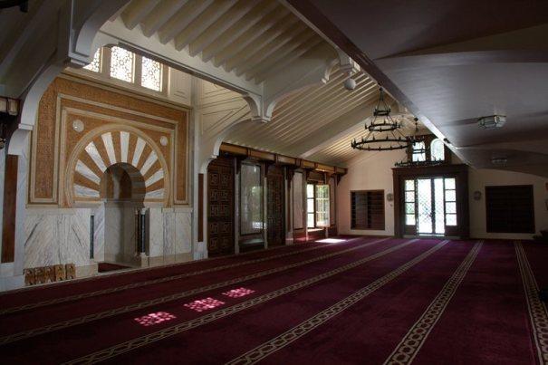 Interior Mezquita Mayor de Granada (foto: Chendra)
