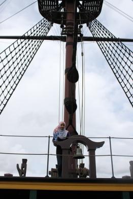 Di dek kapal The Amsterdam (foto: Ami)