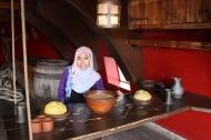 Ruang makan di dek kapal (foto: Ami)