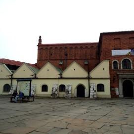 Tampak depan sinagog