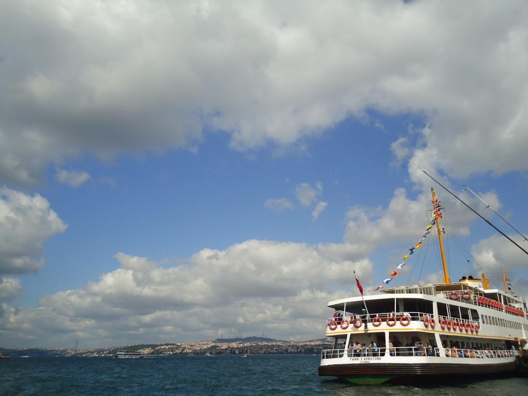 Salah satu kapal di dermaga
